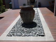 Sulu Black Flat Pebbles